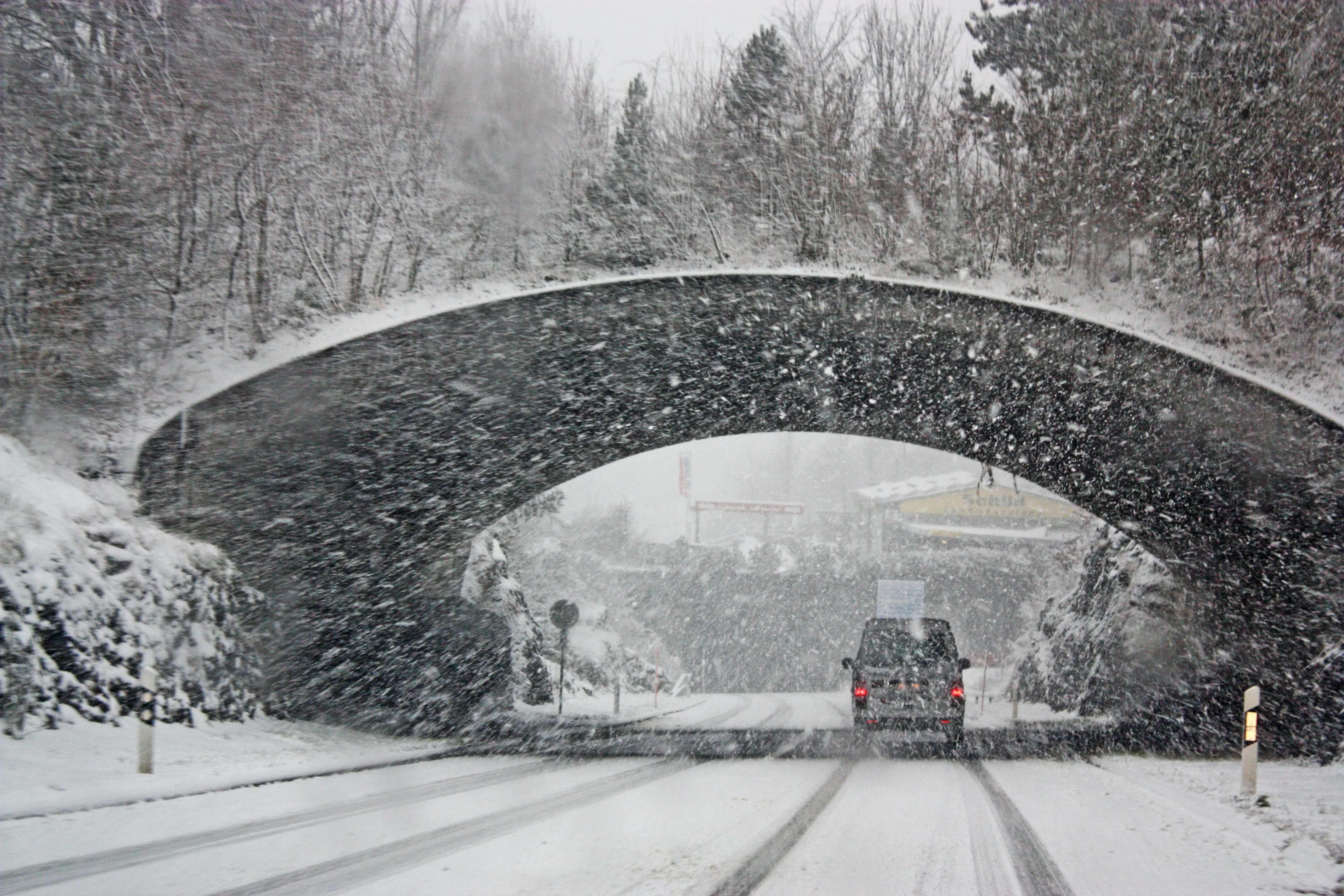 Safeguarding Cargo Against Winter Trucking Hazards